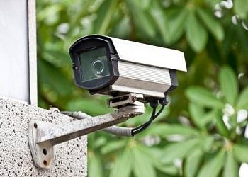 قوانین نصب دوربین مداربسته در آپارتمان چیست؟ آیا نصب آن اجباری است؟