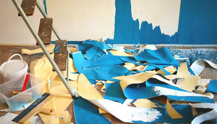 بهترین و سادهترین روشهای کندن کاغذ دیواری از دیوار